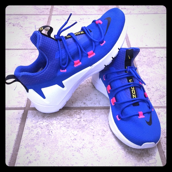 sale uk autumn shoes buy Nike Air Zoom Grade Men's Basketball shoe NWT